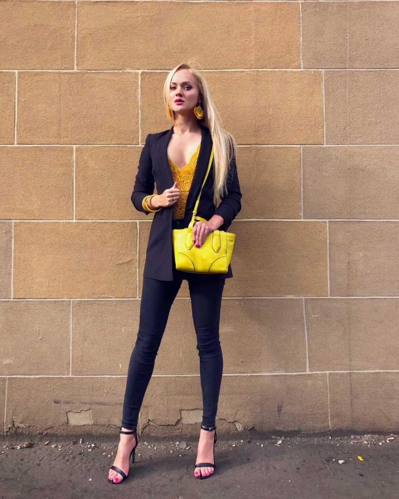 Black and yellow style in august