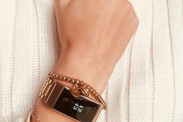 HOW TO STYLE YOUR FITNESS TRACKER