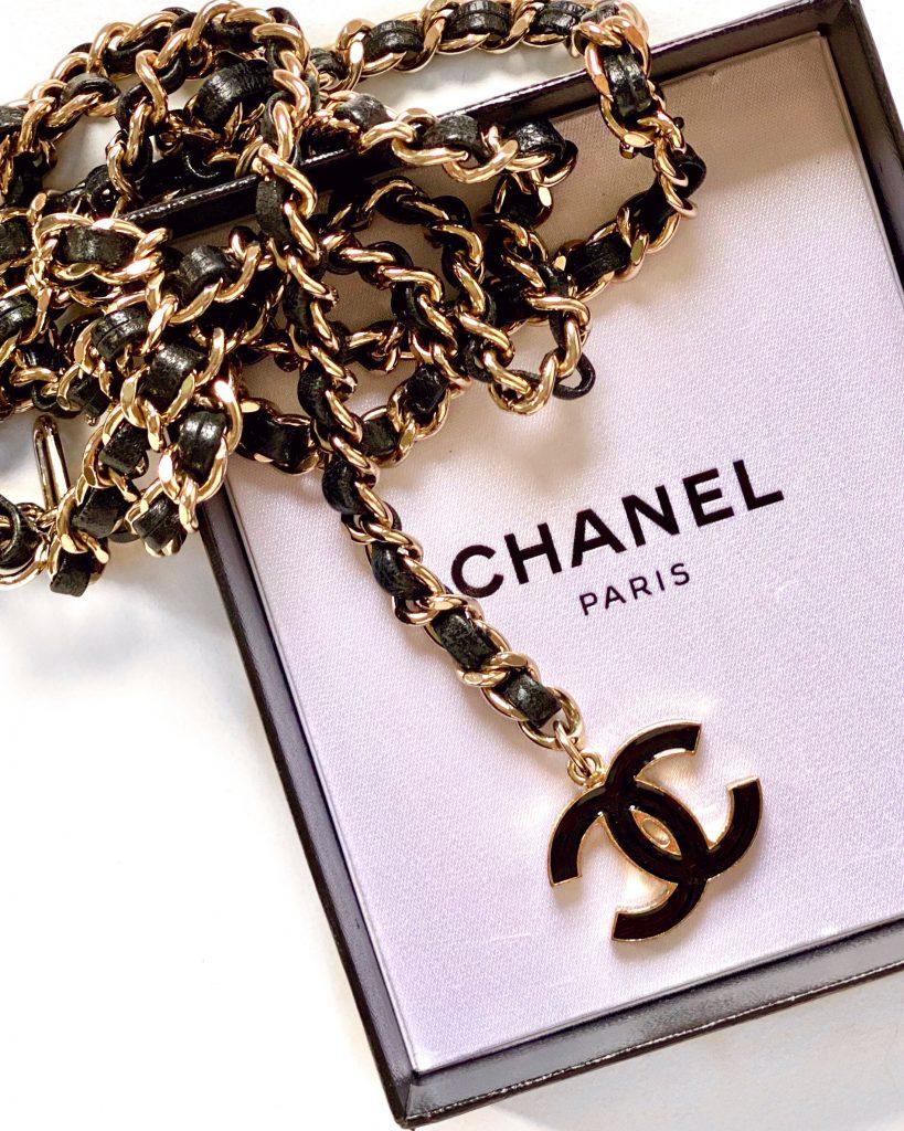 Chanel vintage chain belt