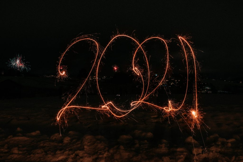 2021 drawn in lights